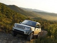 Land Rover Discovery 4 photo