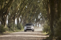 Land Rover Discovery 5 2021 photo